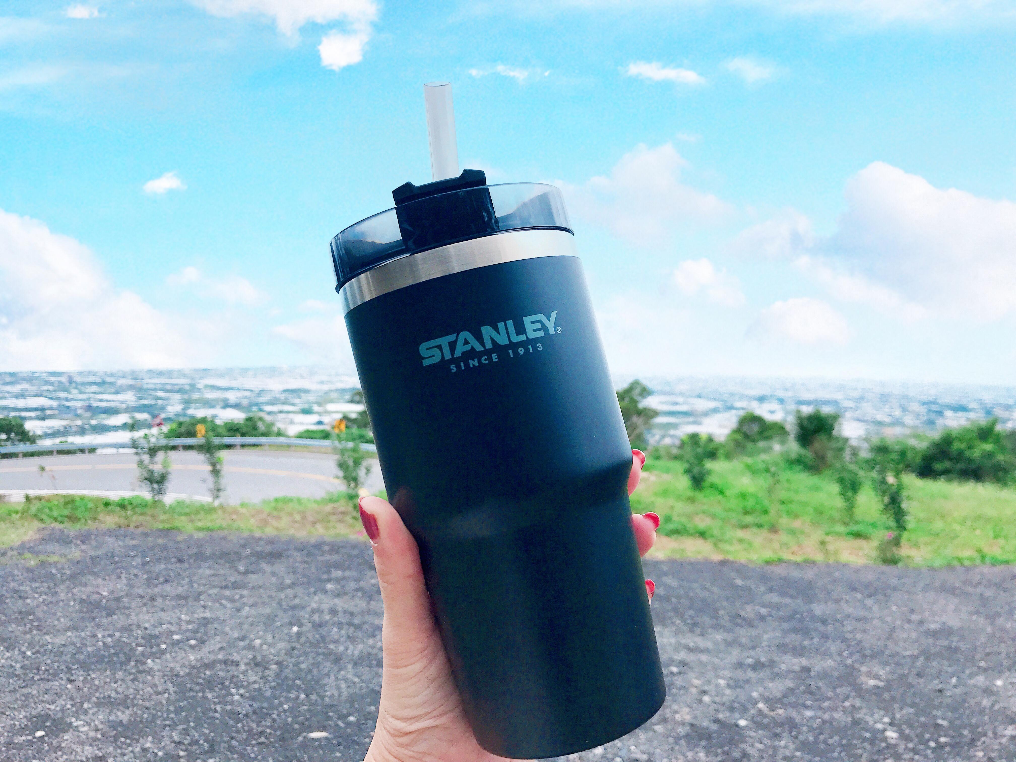 運動水瓶推薦 美國Stanley 冒險系列手搖飲料吸管杯