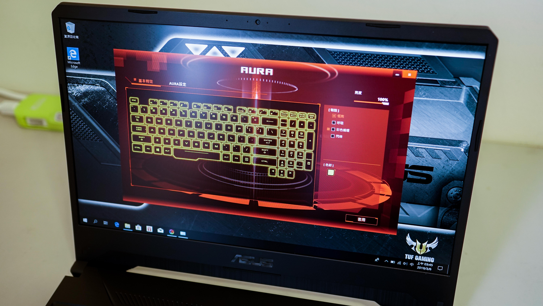 ASUS TUF系列電競筆電鍵盤