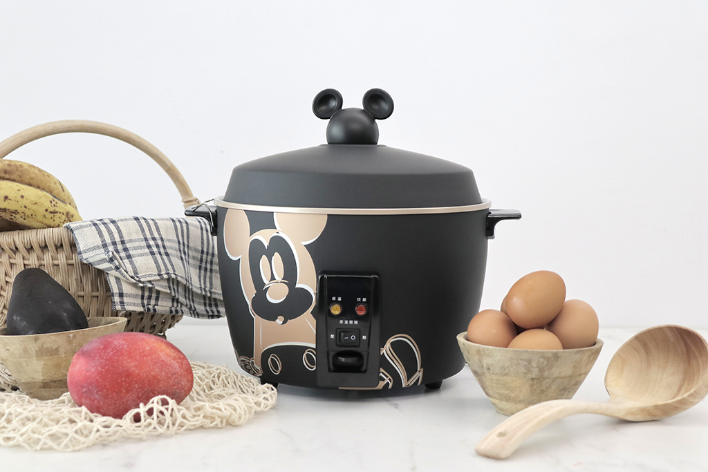 【迪士尼米奇電鍋】正版授權 304 不鏽鋼電鍋,炊飯、煲湯一鍋搞定!