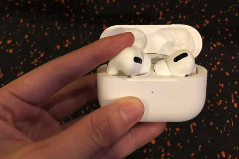 airpods pro充電盒