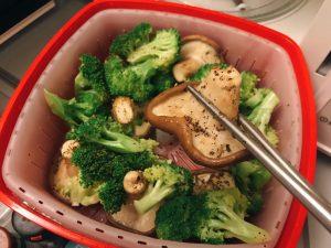 微波料理-花椰菜菇菇食蔬
