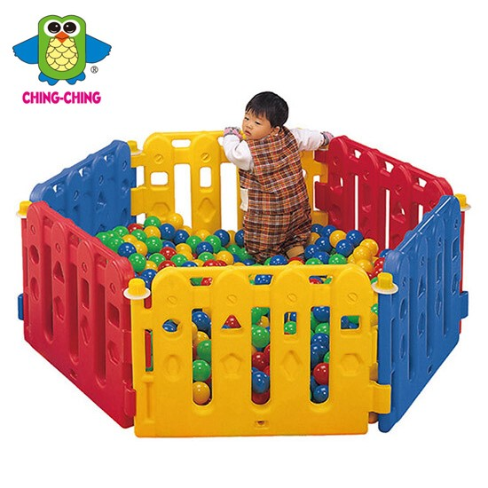 嬰兒遊戲圍欄
