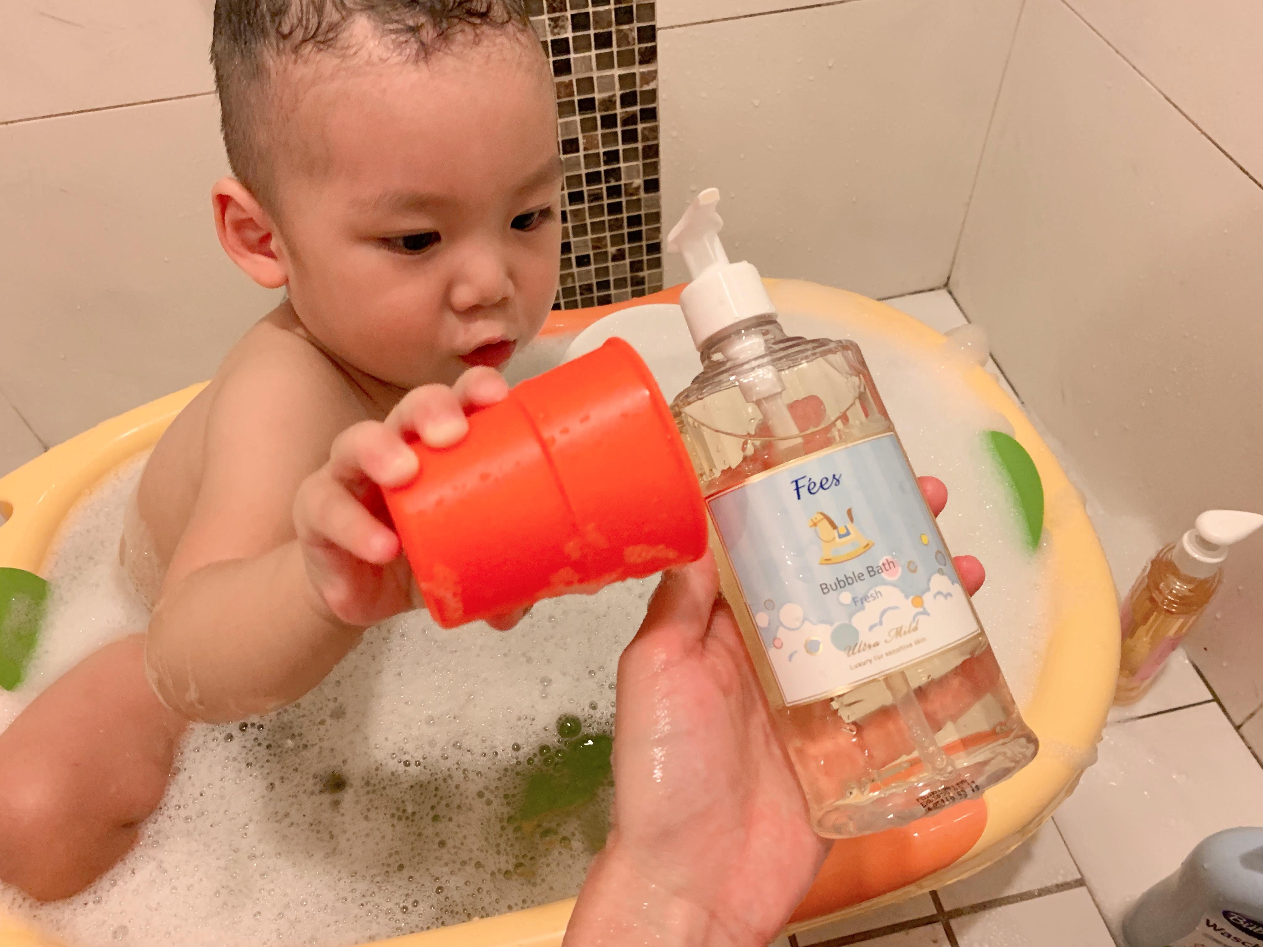 嬰兒 洗澡